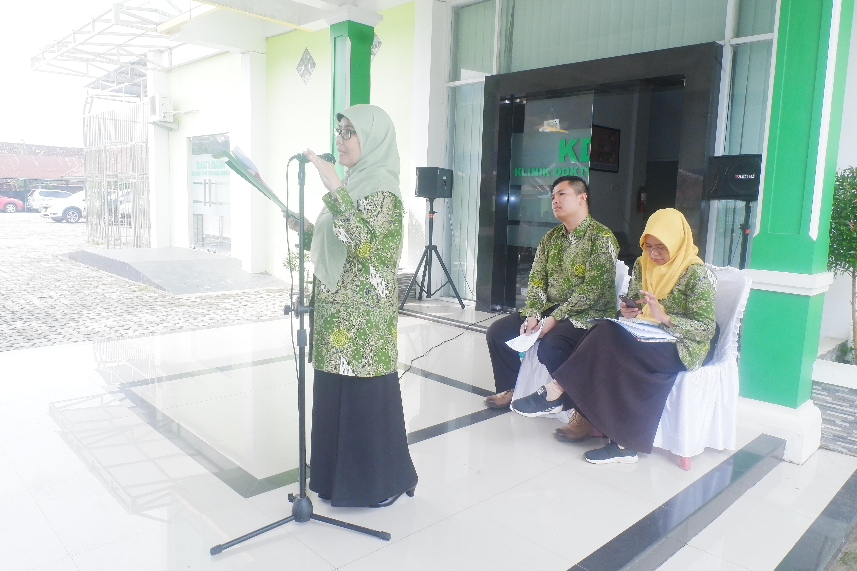 dr.Asmarani Muchtar, M.Kes