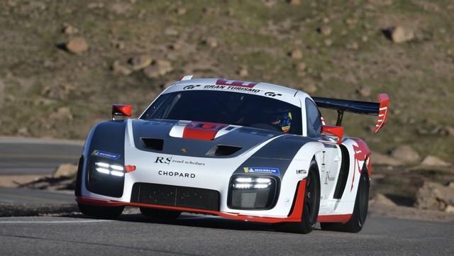 Jeff Zwart et la Porsche 935 se préparent pour l'ascension internationale de Pikes Peak Thumbnail-200809rb-929