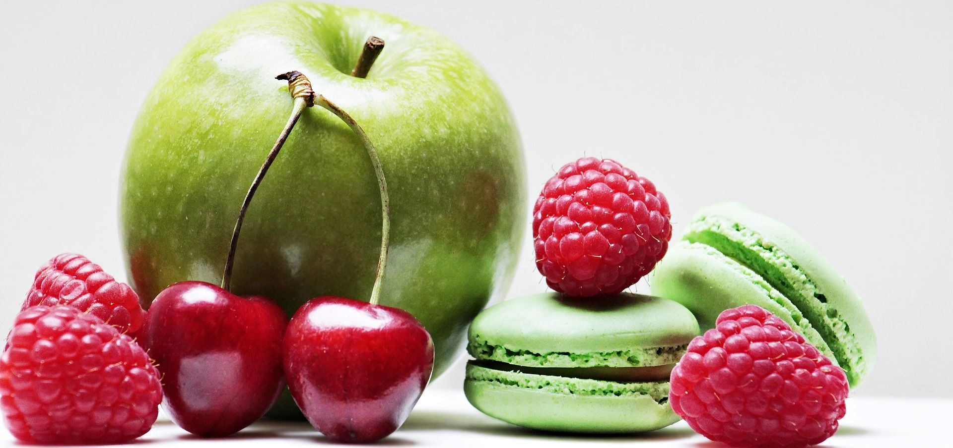 Green Apples, cherries with Raspberries and green macrons