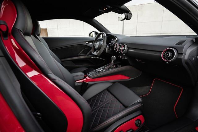 Accent sportif : l'Audi TTS competition plus A208499-medium