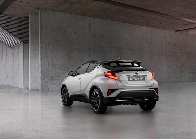 2016 - [Toyota] C-HR - Page 11 EAD5-FADA-96-CC-4-DAC-B361-BF7053817-B38