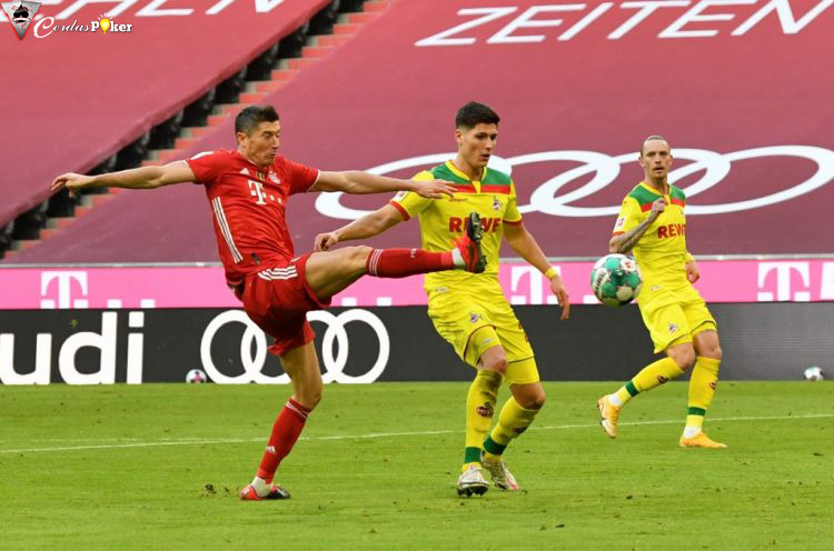 Lewandowski Menggila, Demi Utang Sepatu Emas Eropa