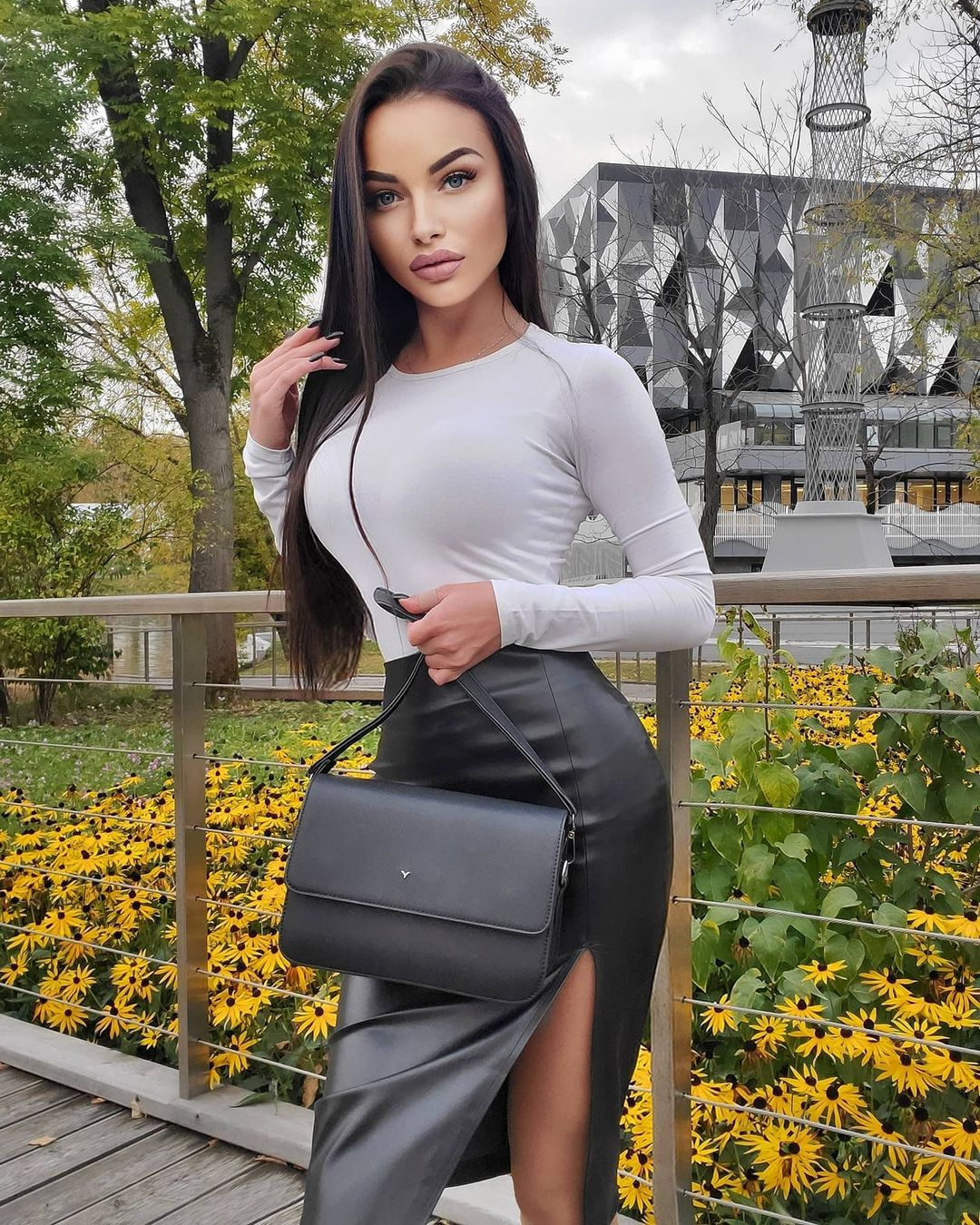 Aleksandra-Dontsu-Wallpapers-Insta-Fit-Bio-5