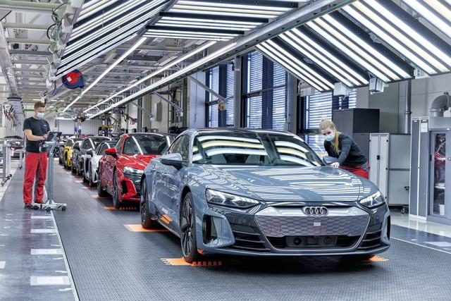 2021 - [Audi] E-Tron GT - Page 7 30189683-7893-4922-B648-73-BB24-DFBCCC