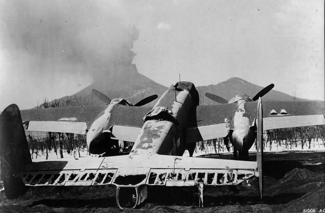 Vesuvius and B 25 Mitchell march 1944