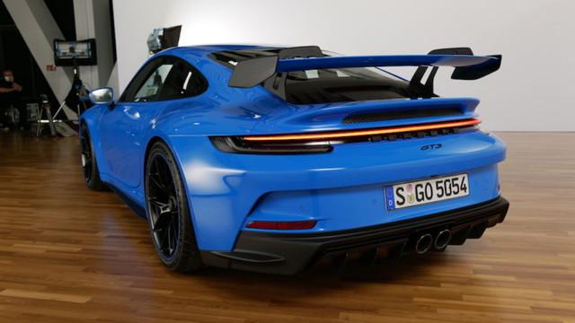 2018 - [Porsche] 911 - Page 23 C4-CCDC0-F-94-BD-4325-8240-7-B2-B28-CFD03-A