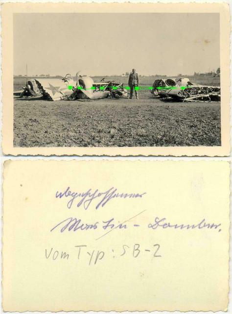 2-WK-Foto-Flugzeug-Abschuss-Bomber-vom-Typ