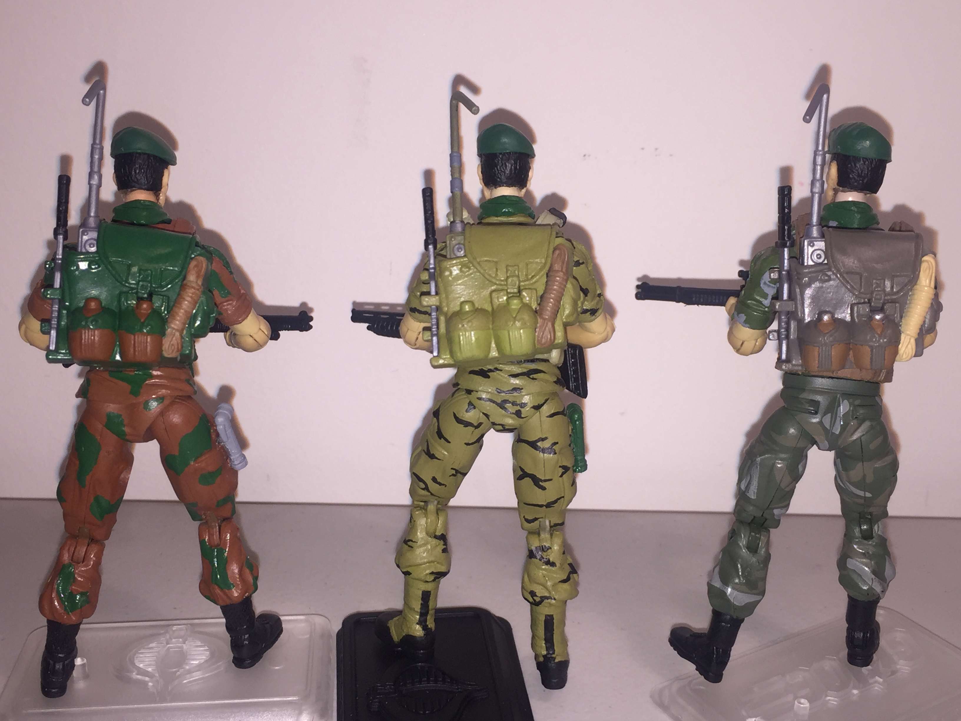 G I JOE BODY PART 1985 Bazooka     Right Arm     C8.0 Used