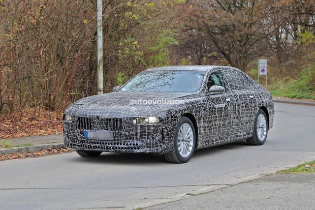 2022 - [BMW] série 7  - Page 5 03-FB88-F0-6-E79-450-E-8-CED-34394-BA2-DDB7