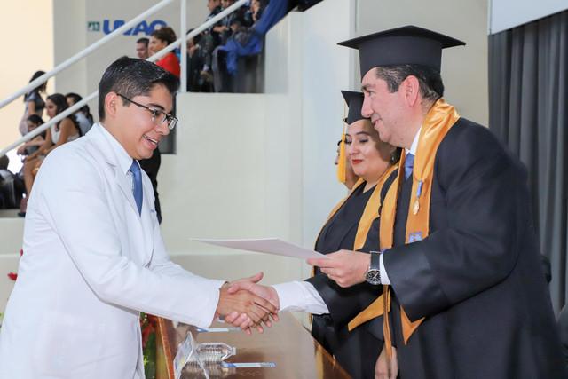 Graduacio-n-Medicina-55