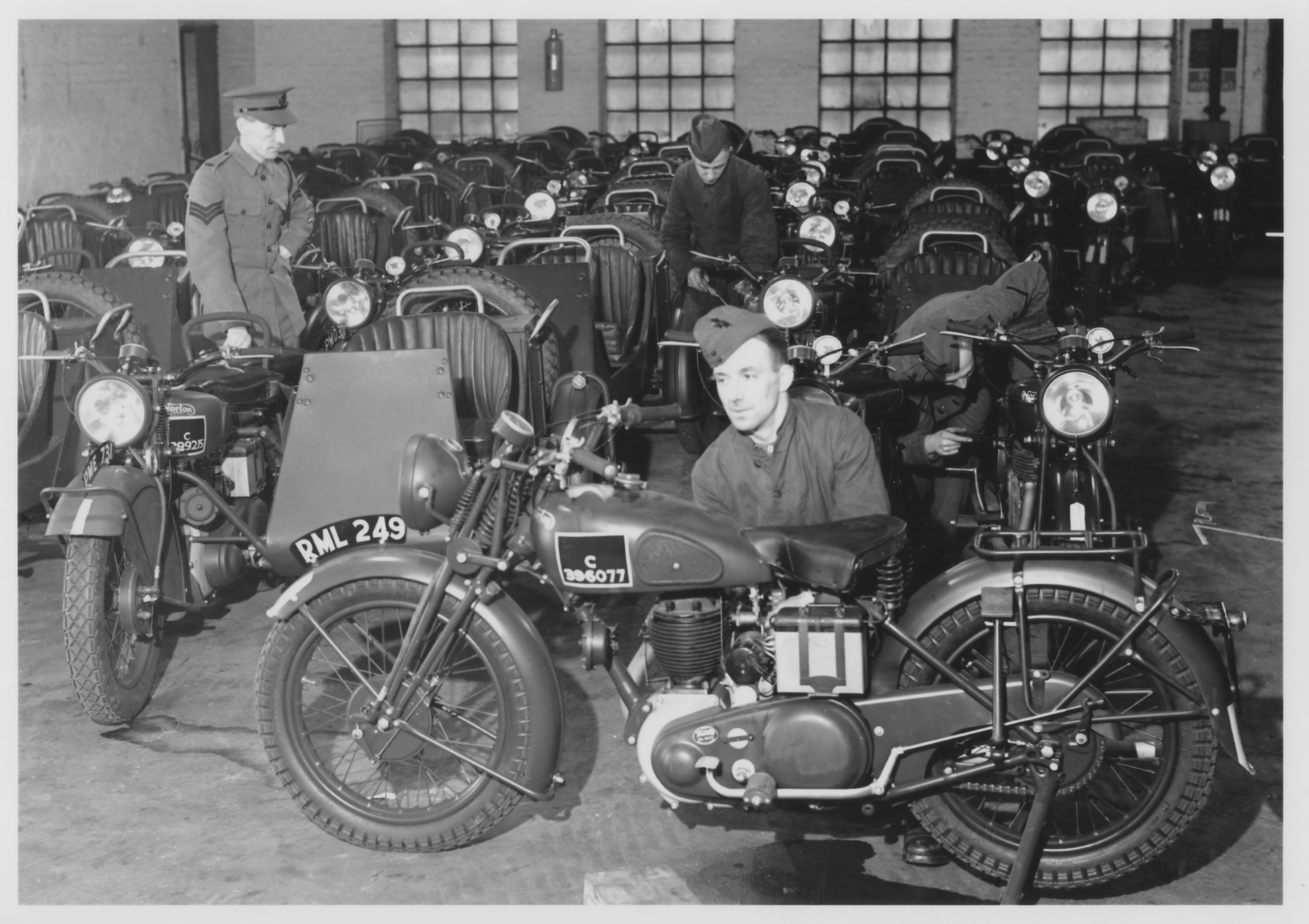 WD-1st-Battalion-Queen-Victoria-s-Rifles-QVR-a-TA-regiment-affiliated-to-The-King-s-Royal-Rifle-Corps-training-as-a-motor-cycle-reconnaissance-battalion-in-the-New-Forest-near-Beau-2