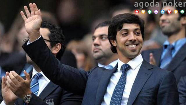 Adu Kekayaan Pangeran Arab Saudi yang Ingin Beli Manchester United Vs Pemilik Manchester City