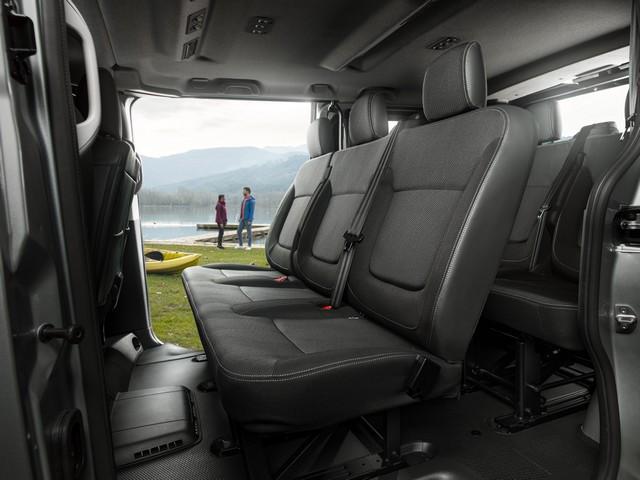Le Nissan NV300 Combi Fait Peau Neuve New-NV300-Combi-Interior-Rear-seats-1-source