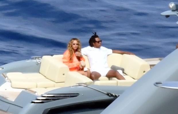 Beyonce-Jay-Z-ferias-Capri-Italia-reproducao4