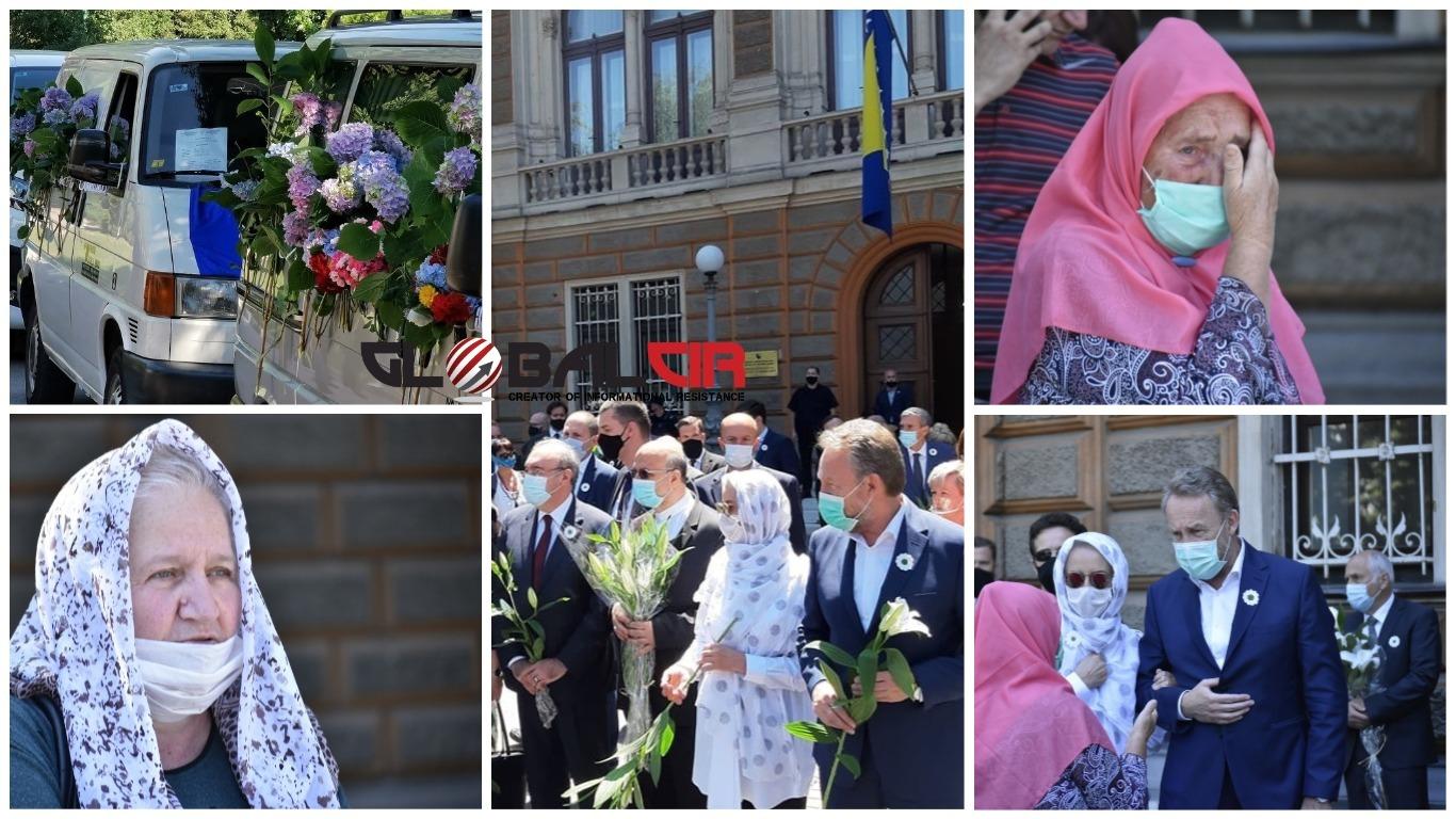 DOVE, LJILJANI I SUZE! Ispraćaj žrtava genocida u Srebrenici ispred Predsjedništva BiH