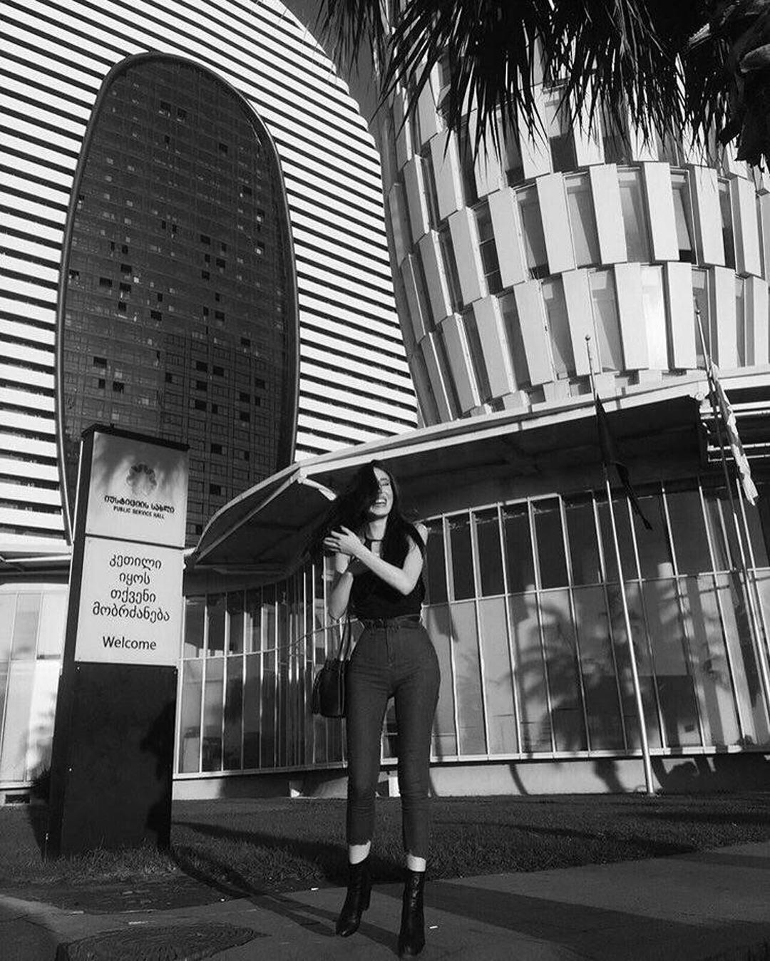 Mariam-Tsitsnadze-Wallpapers-Insta-Fit-Bio-12