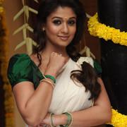 [Image: Nayanthara-Traditional-Kerala-Style-Saree-Photos-1.jpg]