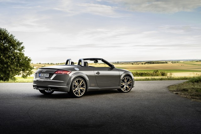 Accent sportif : l'Audi TTS competition plus A208542-medium