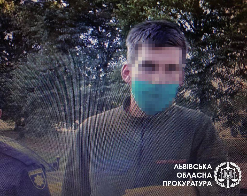 Фото с места преступления. lviv.gp.gov.ua