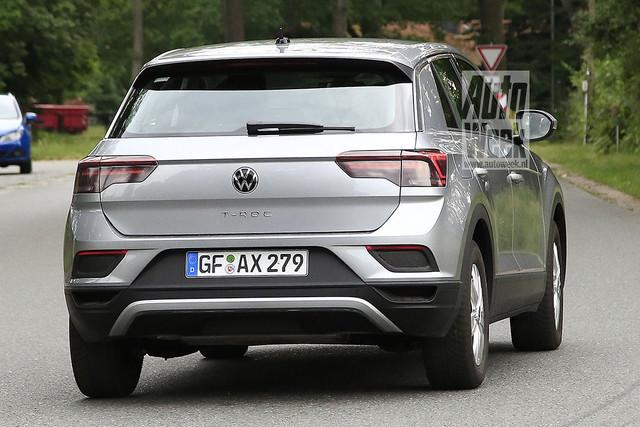 2022 - [Volkswagen] T-Roc restylé  92705-F8-B-9330-4748-9-DC2-5-B5-BC70-DB39-E