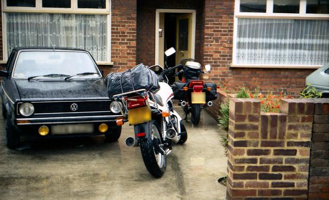 [Image: 1984-Romford-Honda-VT500-and-Moto-Guzzi-...nymous.jpg]