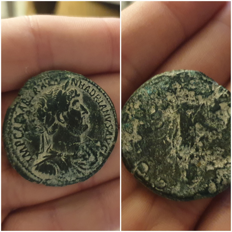 Sestercio de Adriano. P M TR P COS III S C. Ceres estante a izq. Roma. 20191016-191335