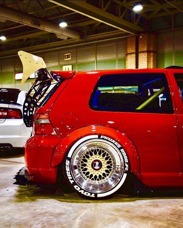 Widebody-VW-Golf-Airlift-Tuning-R32-BBS-R888-Alu-s-3-1