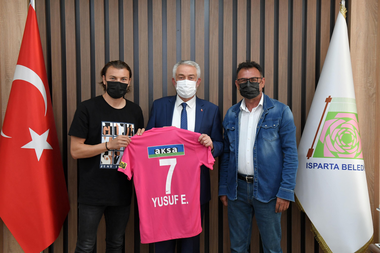 01-06-2021-futbolcu-yusuf-erdogan-baskan-ziyareti-2