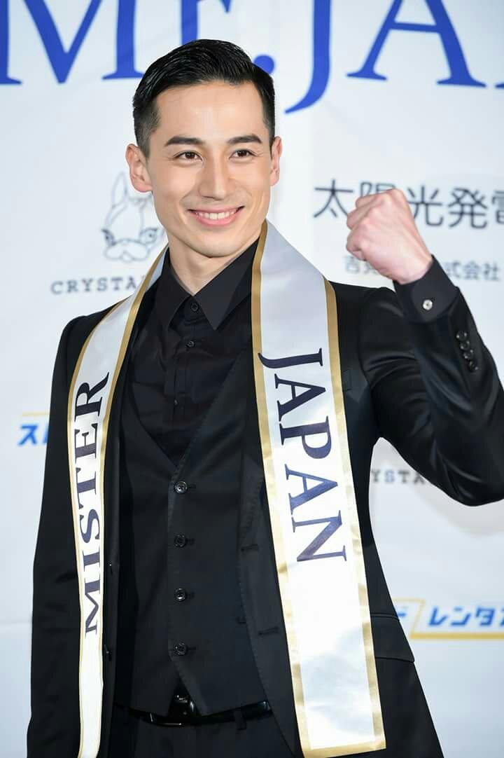 Taisan Matsuura, Mr Japan 2017, chuẩn daddy 6 múi