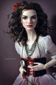 1019aa7ab2161f8a4b4e6b1eab8fc820-hello-barbie-dollhouse-dolls.jpg
