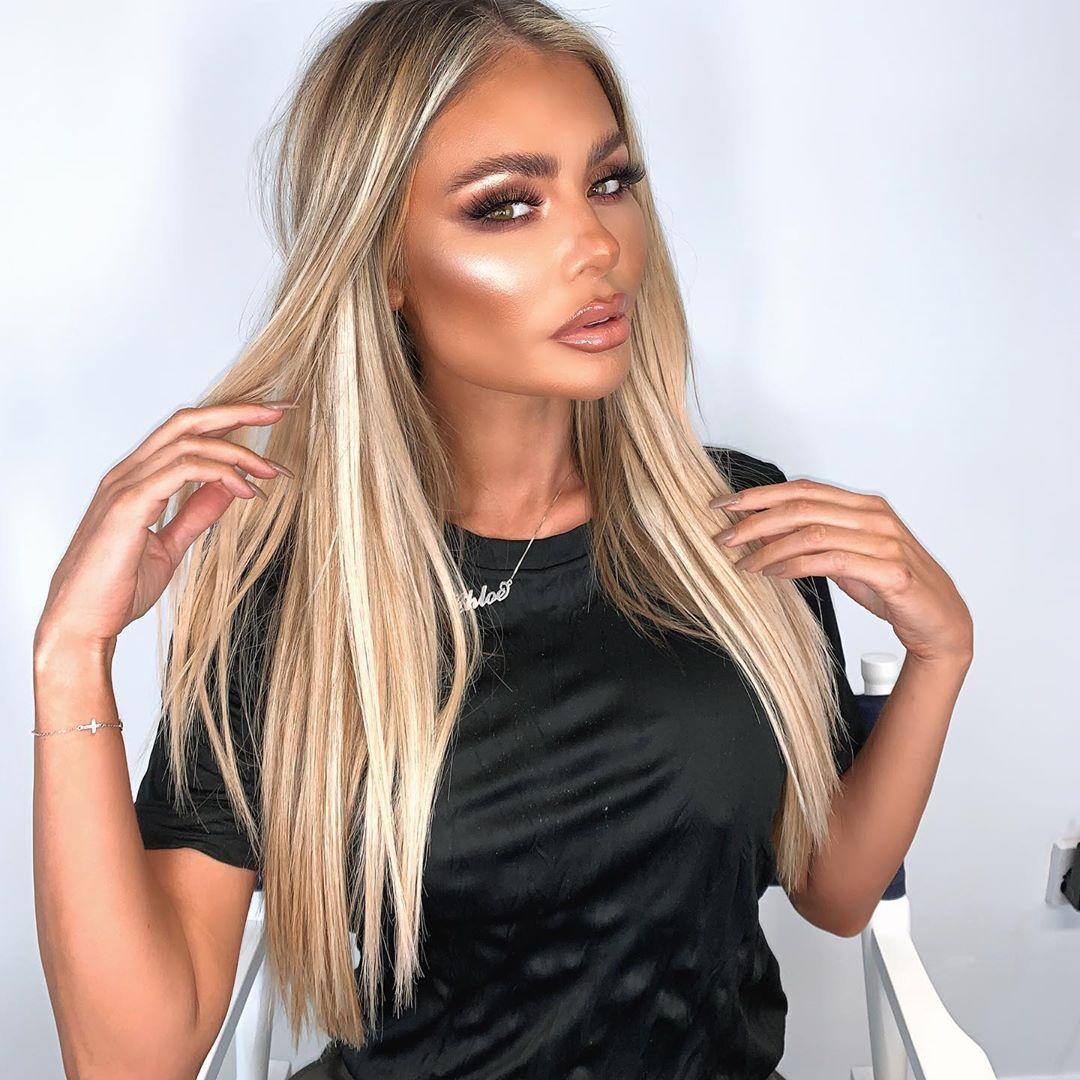 Chloe-Sims-Wallpapers-Insta-Fit-Bio-8