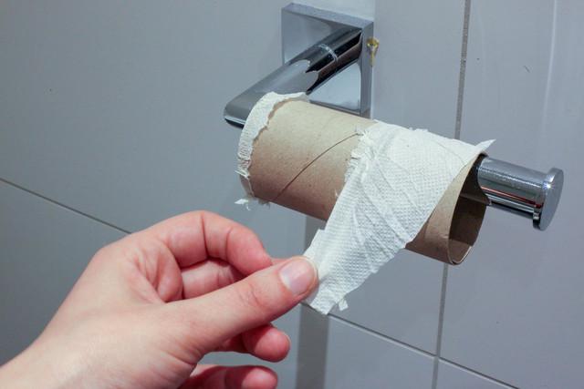 toilet-paper-4941765-1920