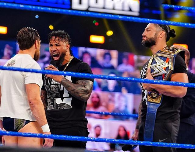 Jey Uso y Roman Reigns discuten con Daniel Bryan SmackDown 5 Marzo
