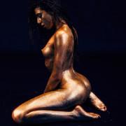 Chiara-Bianchino-Glitter-Girl-by-Hannes-Windrath-22