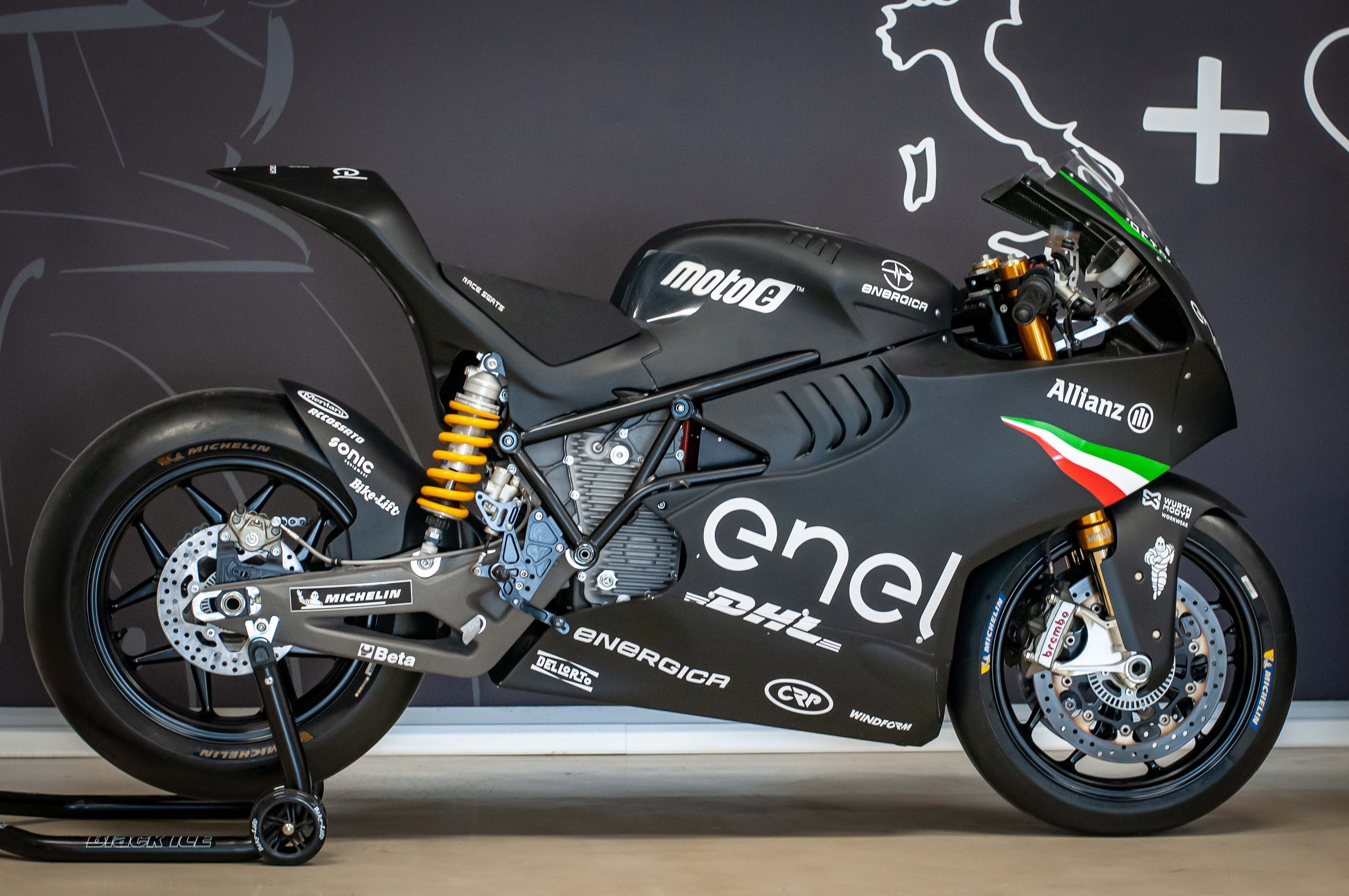 Energica-Ego-Corsa-up-close-Jensen-Beeler-02