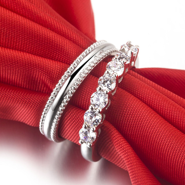 Diamonds Couple Ring