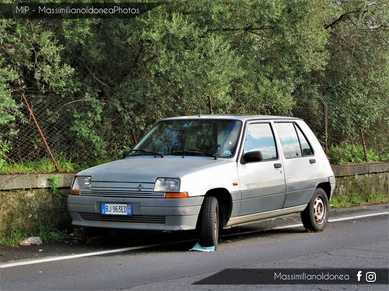 avvistamenti auto storiche - Pagina 2 Renault-Supercinque-GL-Podium-1-1-46cv-89-BJ963-ED-136-437-16-10-2017-1
