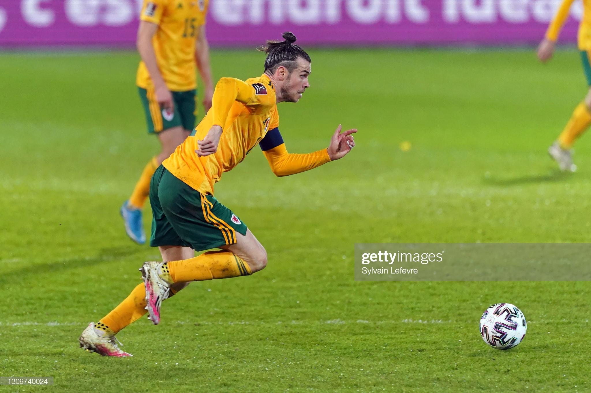 [Image: LEUVEN-BELGIUM-MARCH-24-Gareth-Bale-of-W...atch-b.jpg]