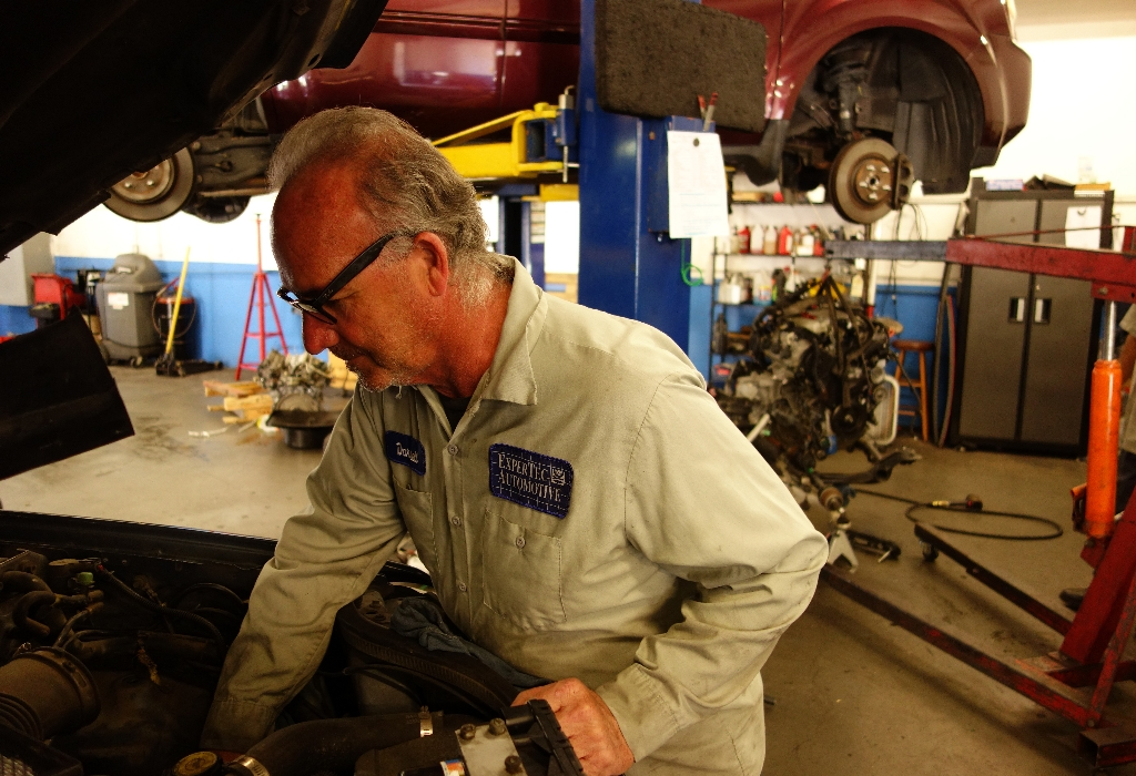 5 Simple Tactics For Auto Repair Service Discovered
