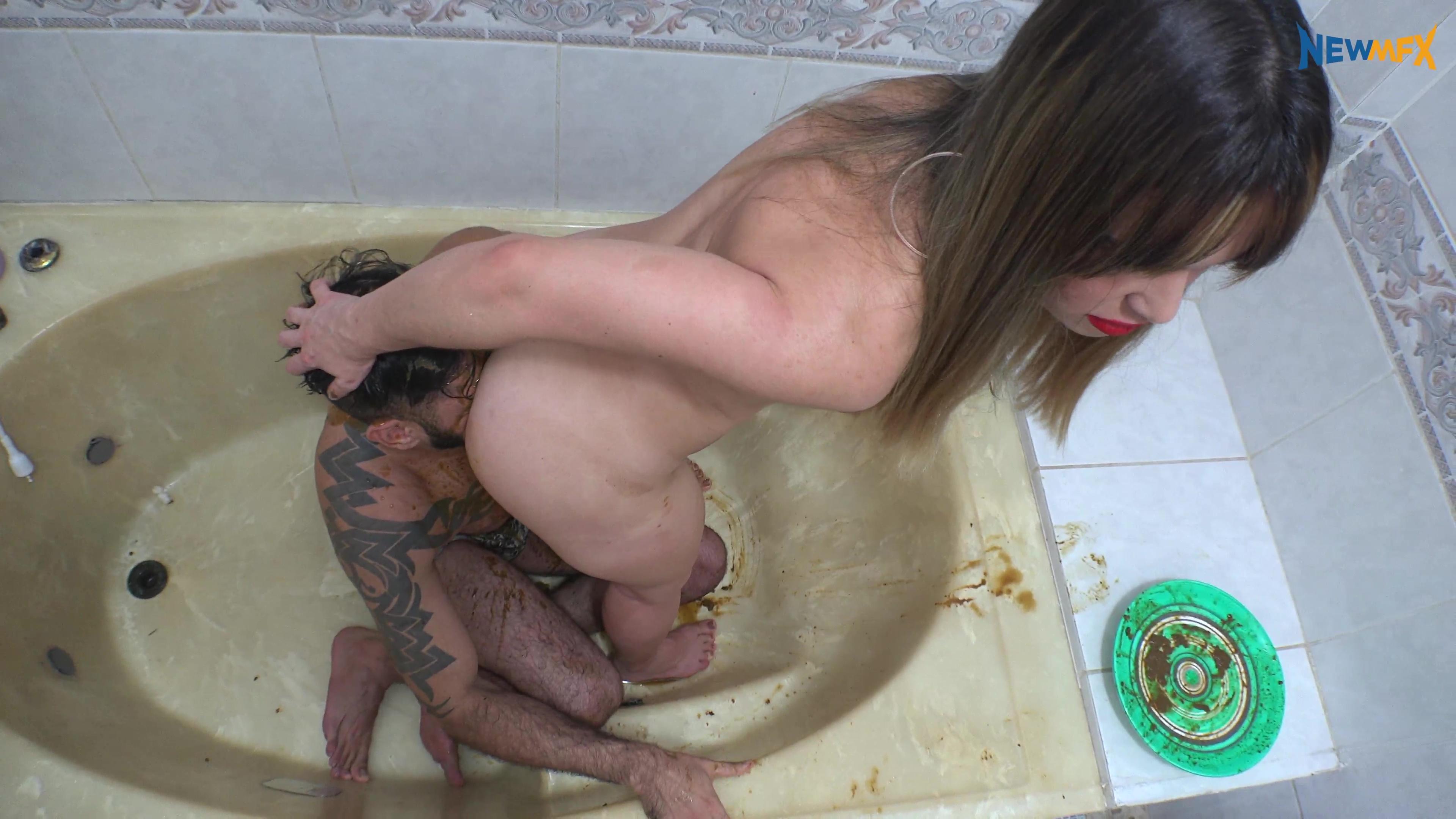 NewScatinBrazil - Messy in the bathroom