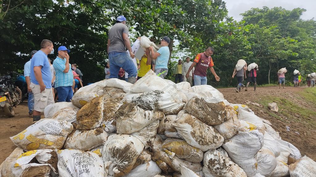 El Sinú se desborda e inunda varias poblaciones - Noticias de Colombia