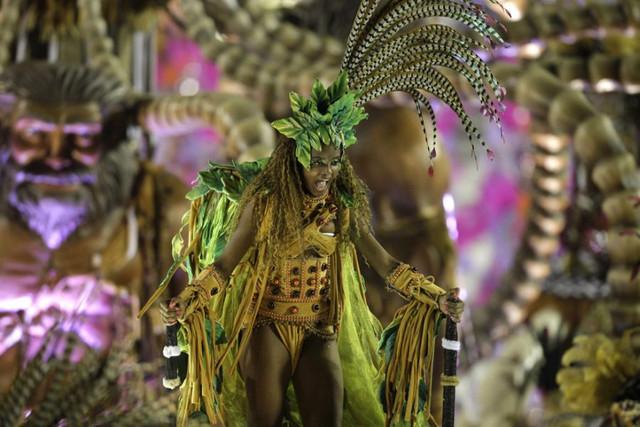 Brazil-Carnival-19
