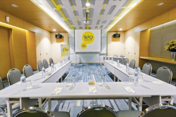 meeting-room-bandung-1