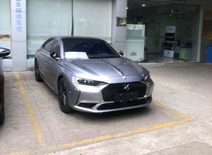 DS Automobiles DS 9 (2020) 6