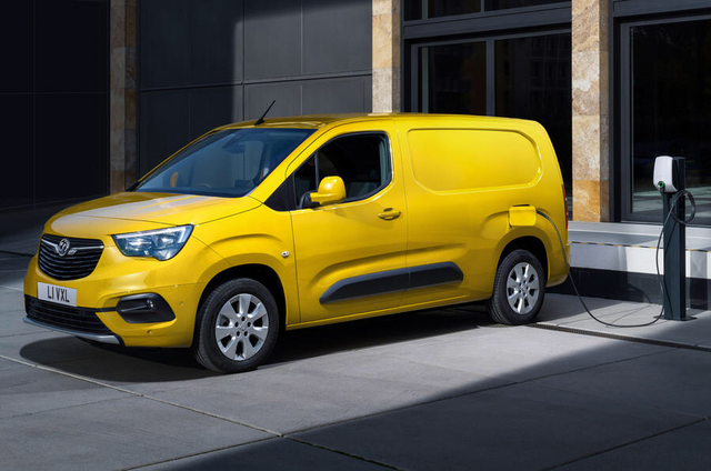 2018 - [Peugeot/Citroën/Opel] Rifter/Berlingo/Combo [K9] - Page 9 EBE65-A00-FCDD-4425-8-C3-C-010-BEA5-A47-A6