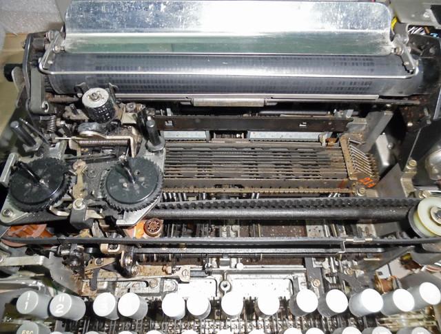 teletype-asr-33-21.jpg