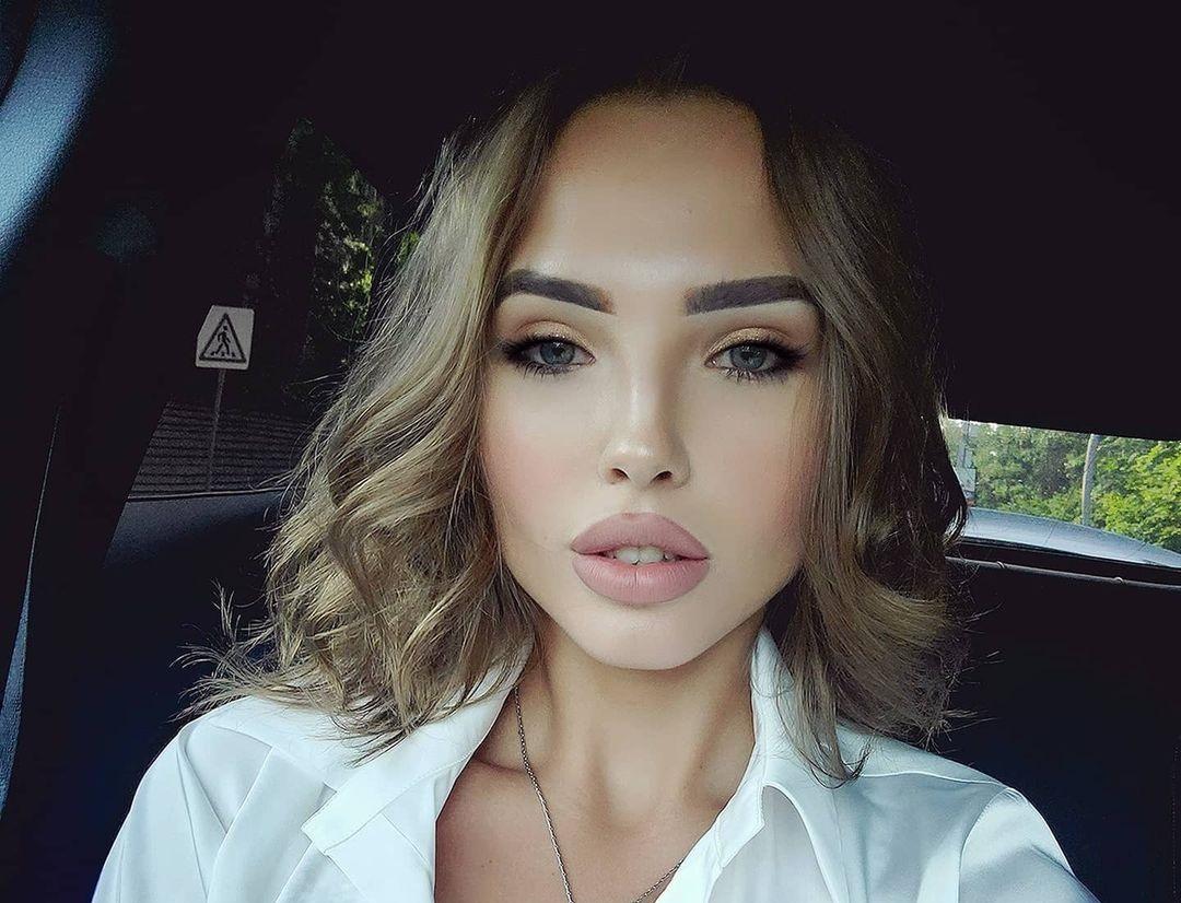 Elizaveta-Berejnaya-Wallpapers-Insta-Fit-Bio-Miss-elizabeth-sol-Wallpapers-Insta-Fit-Bio-23