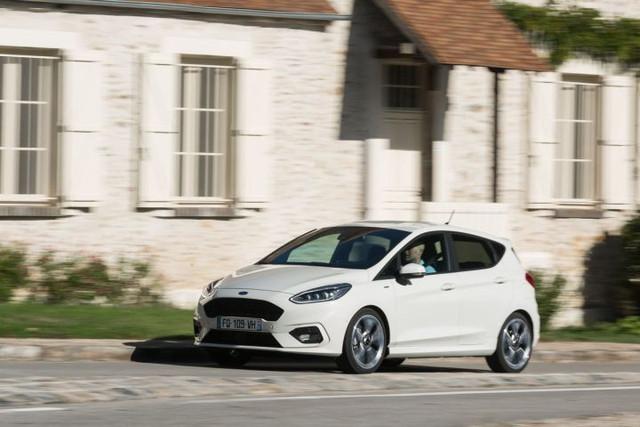 2017 - [Ford] Fiesta MkVII  - Page 16 128-E4-CC7-1-F7-E-465-A-8515-E92-CC15-D1-D48