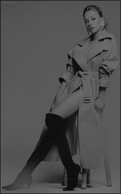 unusual world • chataigna Girly-black-and-white