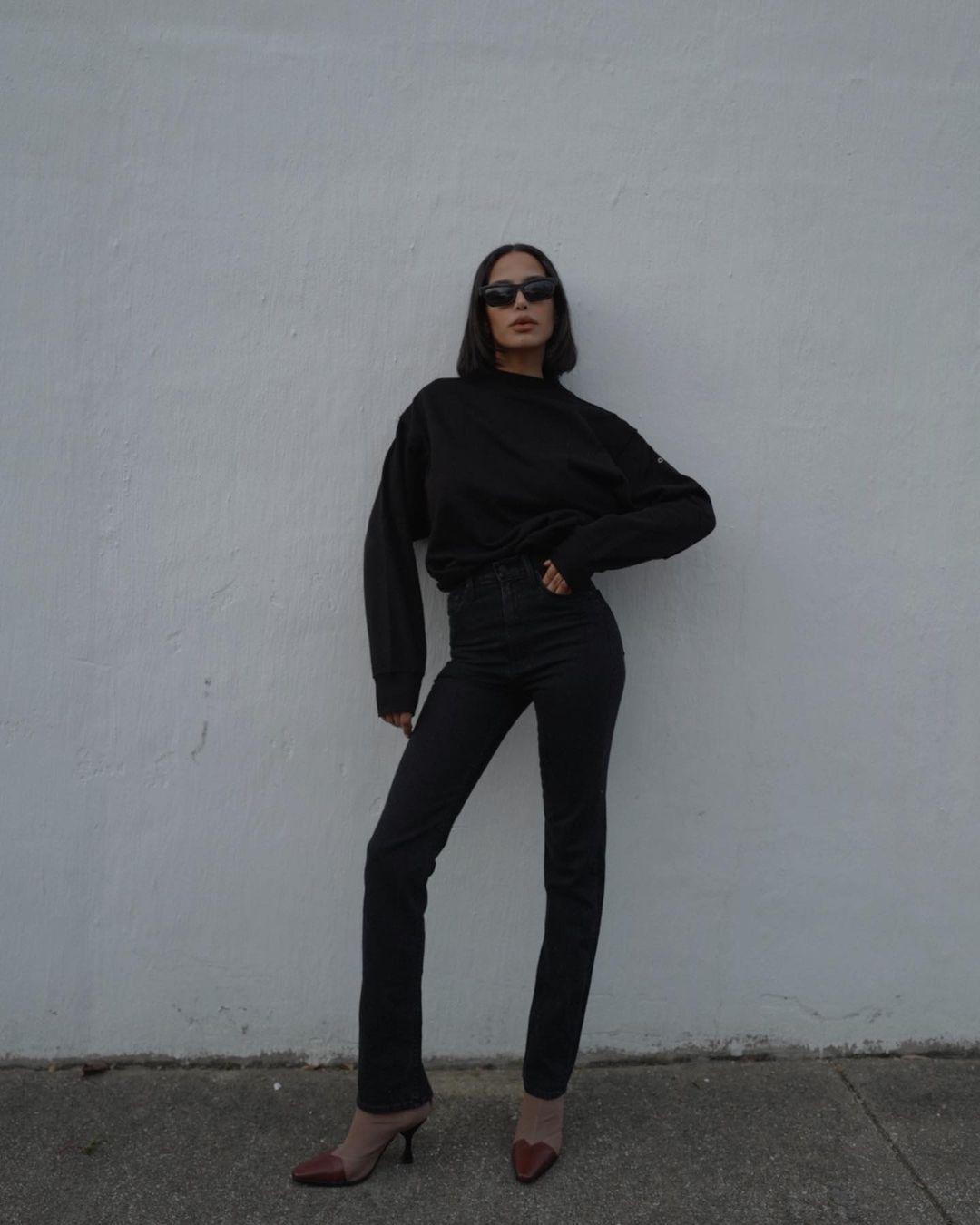 Lauren-Johnson-Wallpapers-Insta-Fit-Bio-4